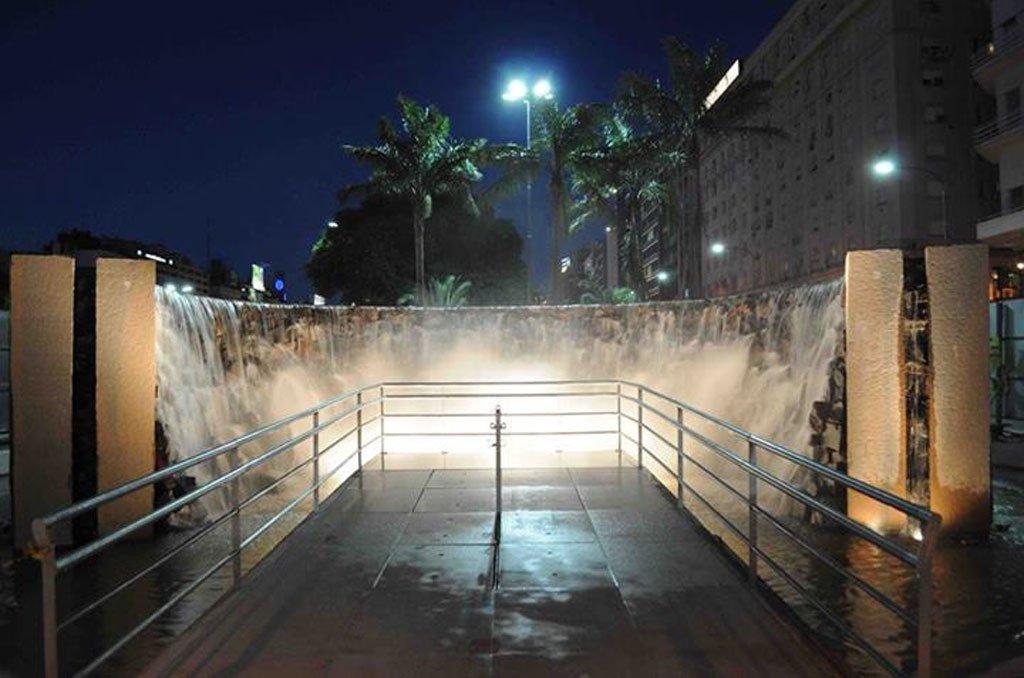 El Monumento a Las cataratas del Iguazú